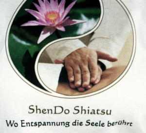 shendo-shiatsu-massage-Happy Aua-small